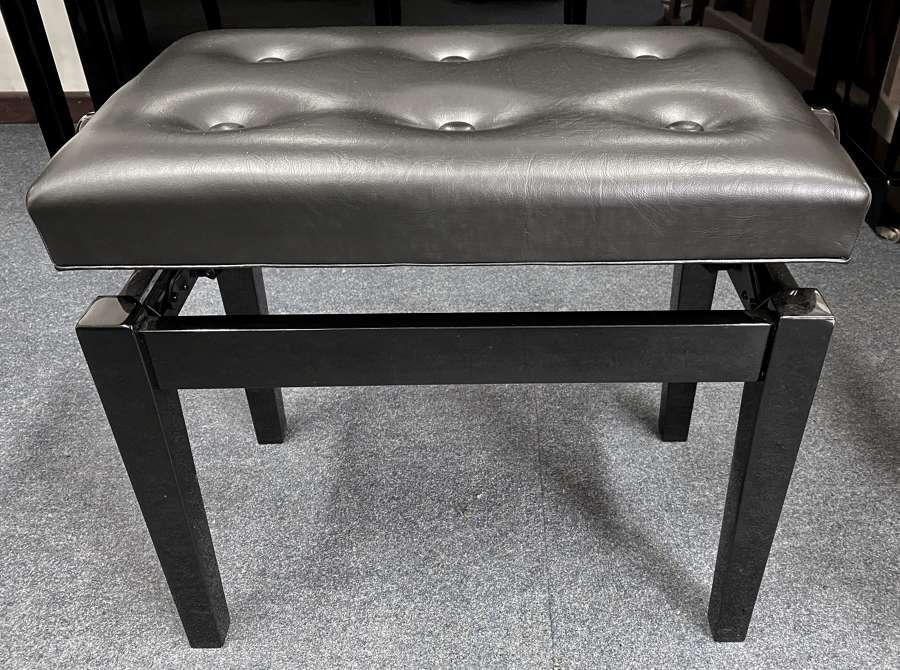 Adjustable solo stool black
