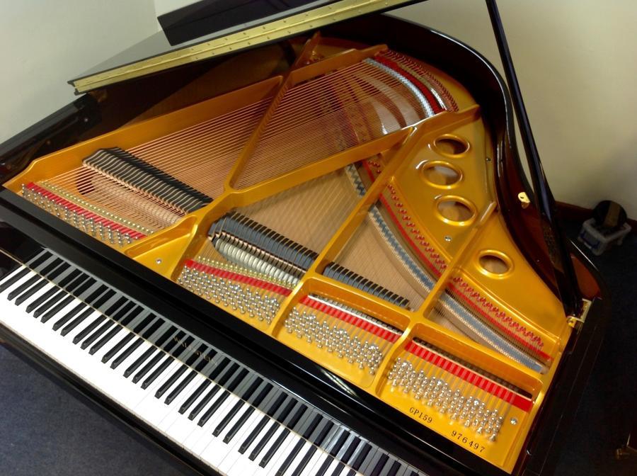WALDSTEIN baby grand piano