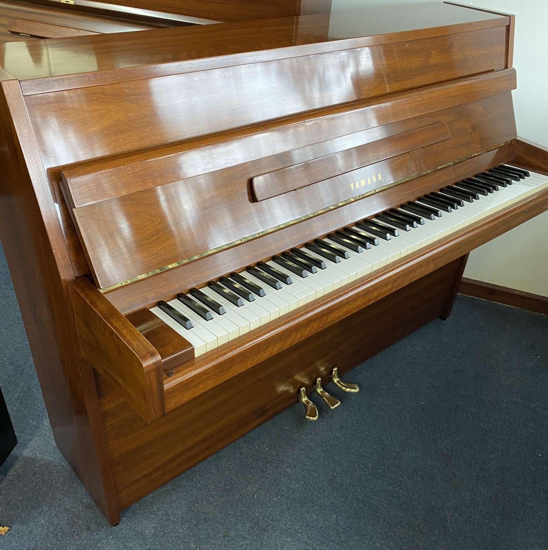 YAMAHA MJ5 modern piano for sale