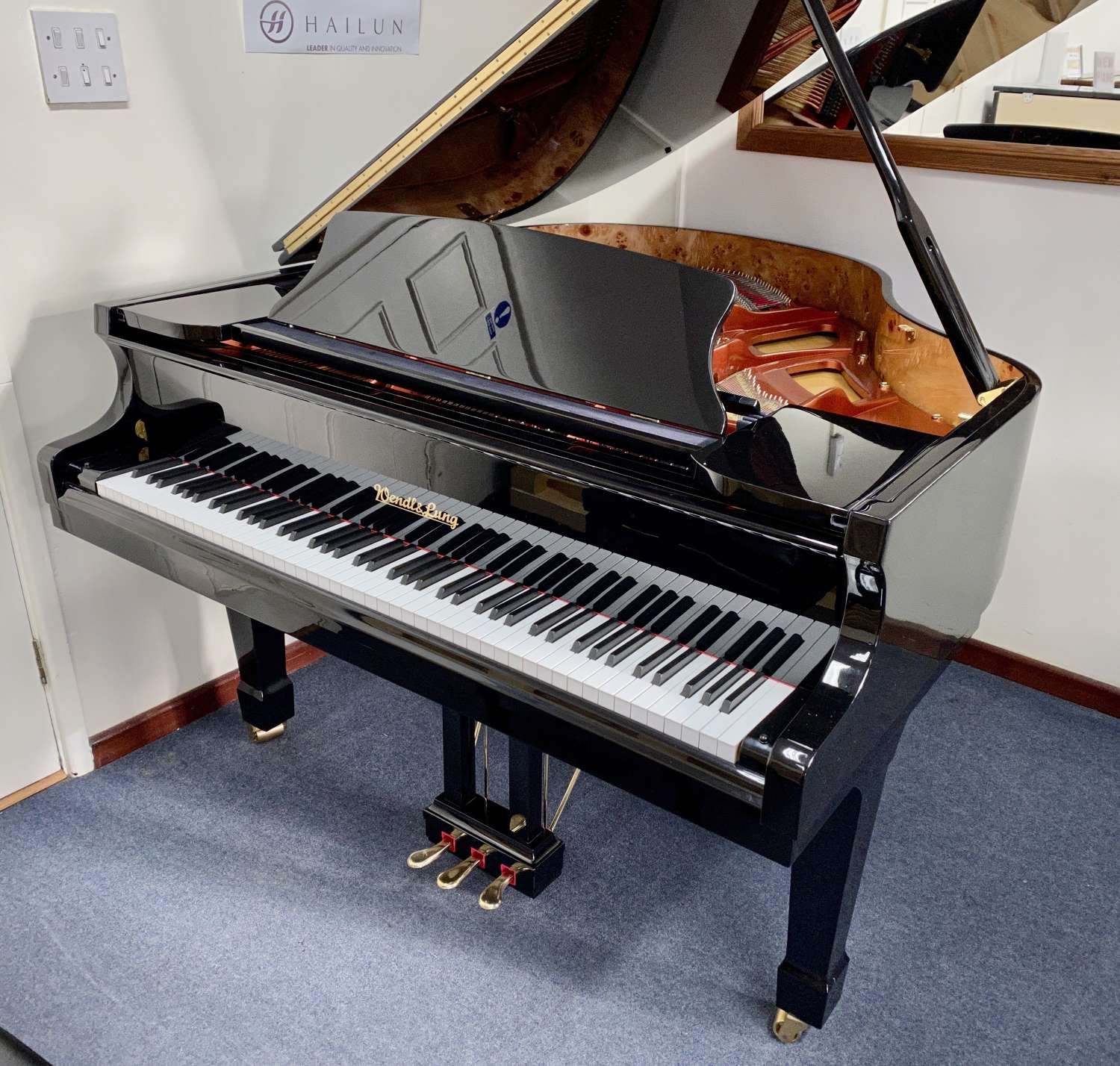WENDL & LUNG Grand piano for sale 161cm